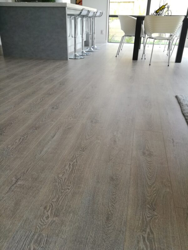 Concrete-Wood-Light-Grey-Laminate-Flooring-Interior1