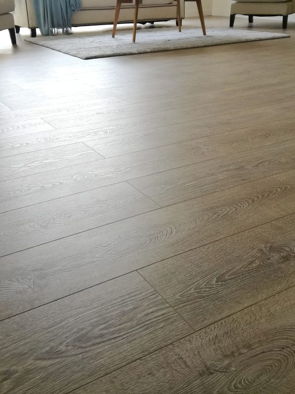 Concrete-Wood-Light-Grey-Laminate-Flooring-Interior5