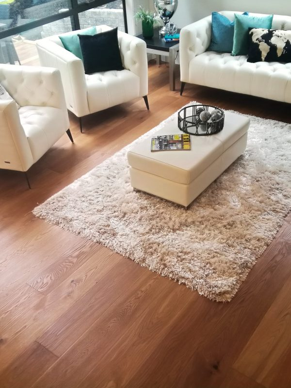 Country-Oak-Natural-Hardwood-Flooring