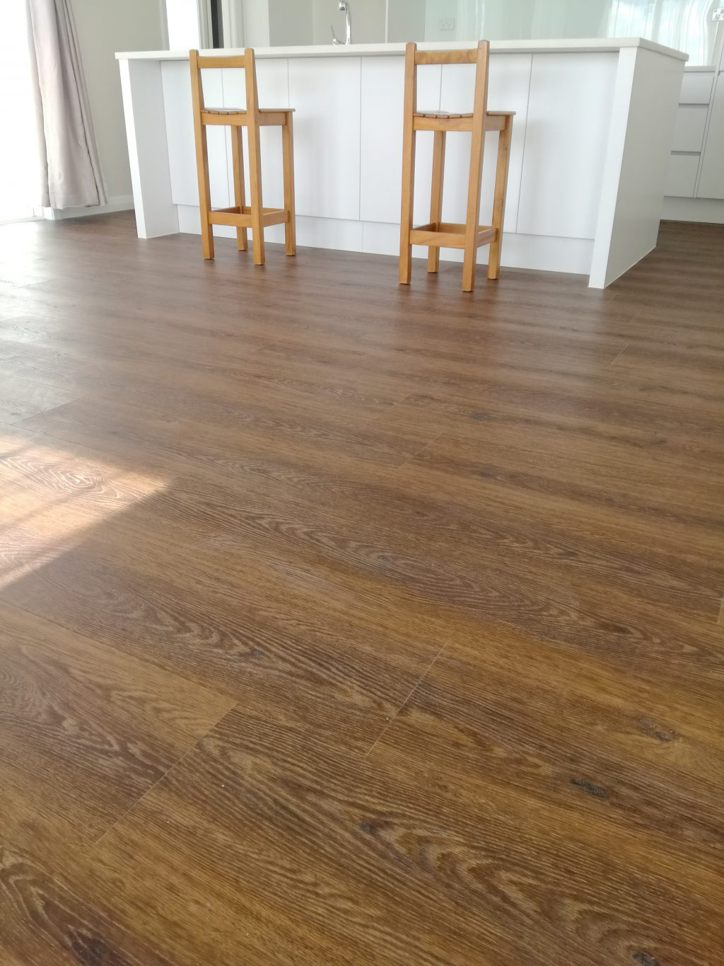 Smoked-Oak-Brown-Vinyl-WPC-Flooring-Plank