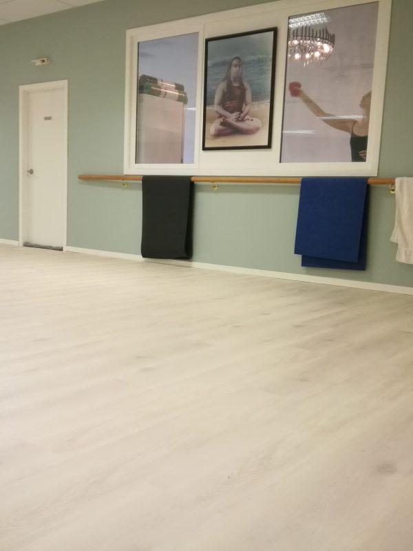 White-Washed-Oak-Vinyl-WPC-Flooring