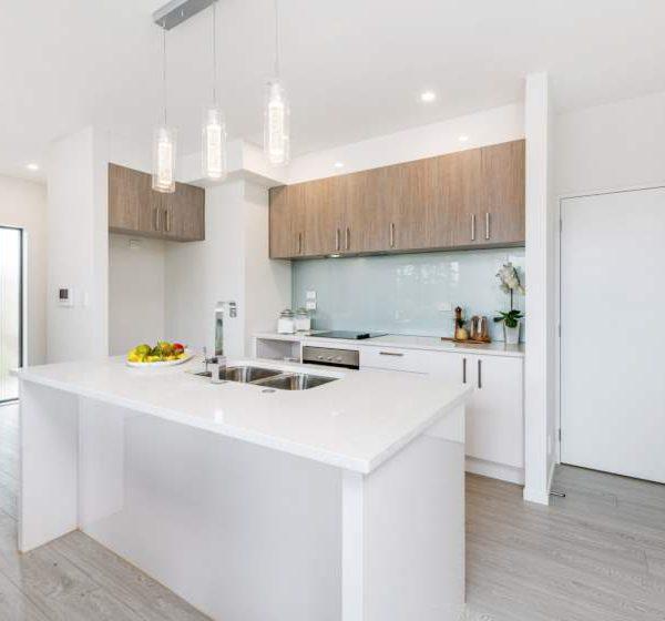 Silver-Oak-Grey-12mm-Laminate-Flooring-TG1222-Modern-Style