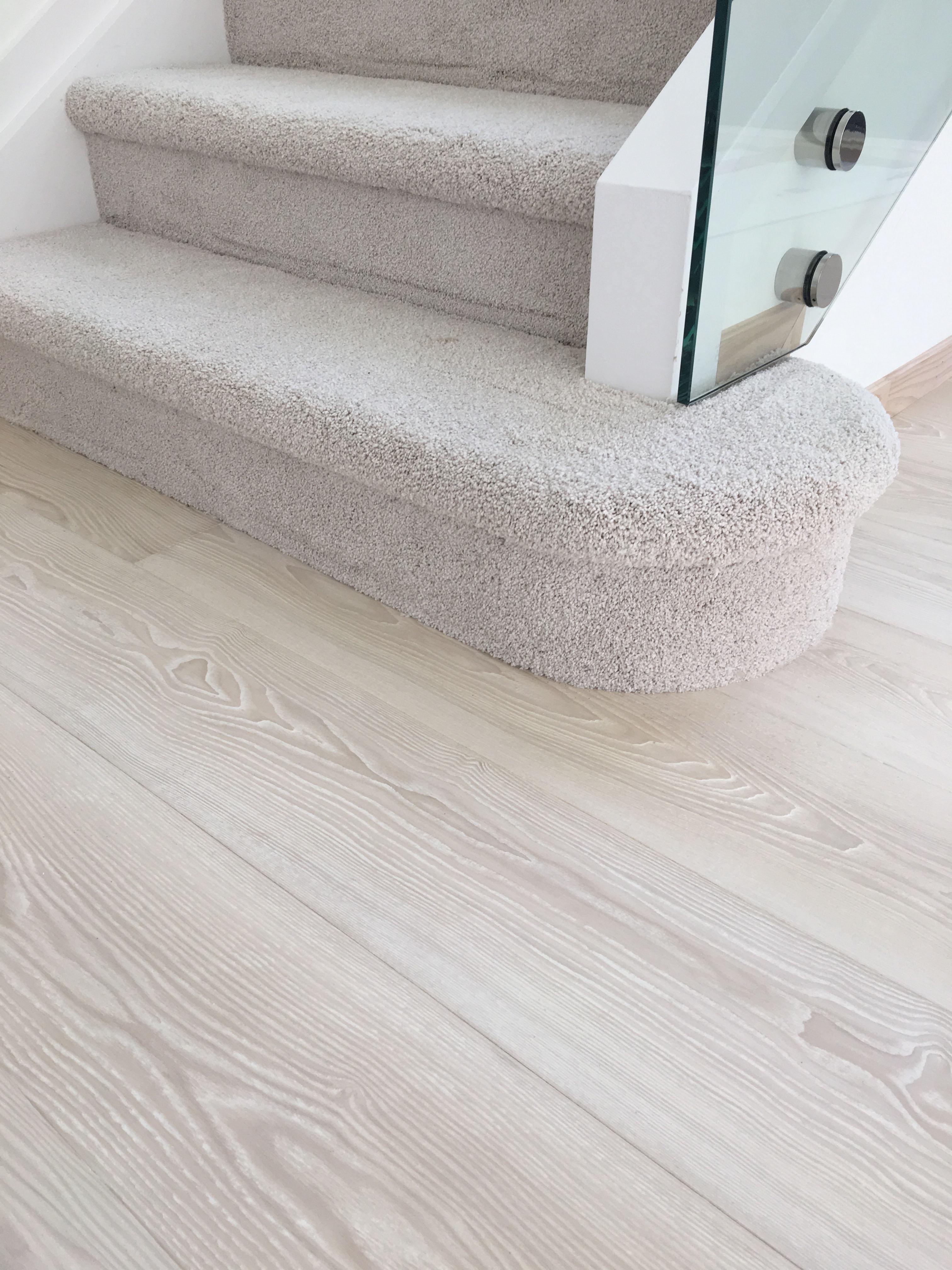 Engineered Hardwood Flooring, White Ash Laminate Flooring