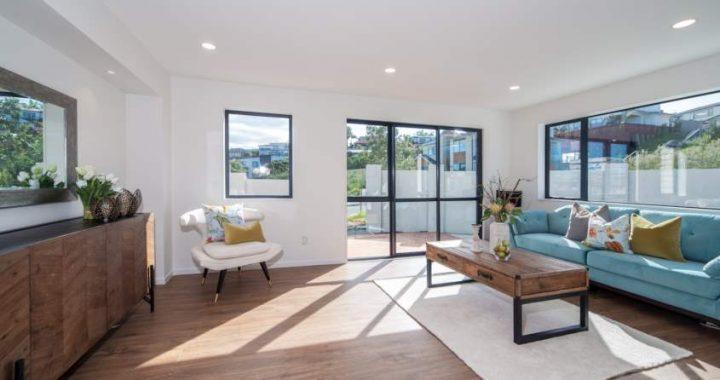 Classic-Oak-Brown-Laminate-Flooring-Interior26-1