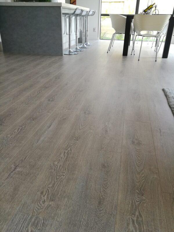 Concrete-Wood-Light-Grey-Laminate-Flooring-Interior1