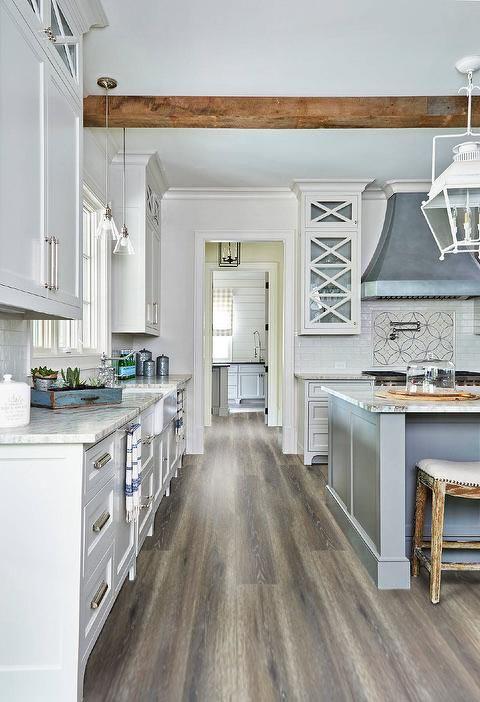 Dark-Vintage-Country-Oak-Laminate-Flooring-Interior